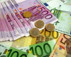 Droit Divers – 1000 euros en espèces seulement