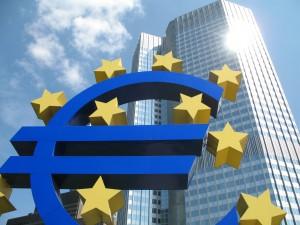 La liberté syndicale face aux nécessités économiques en Europe