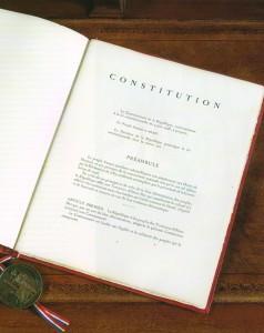 Droit constitutionnel – Une révision prochaine de notre constitution ?