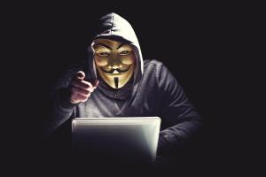 L'avance des cybercriminels sur le droit