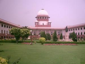 La doctrine de la structure de base dans la jurisprudence de la Cour Suprême Indienne : funambulisme ou aqueduc juridique ?