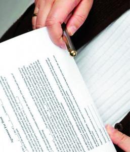 Droit des contrats : la nécessaire acceptation expresse de la clause aménageant la prescription