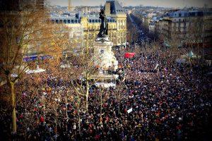QUEL AVENIR POUR NOTRE DÉMOCRATIE ? : les dérives ochlocratiques d'un pouvoir au peuple