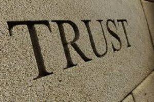 Une brève histoire du trust, du Moyen-Âge anglais au capitalisme américain