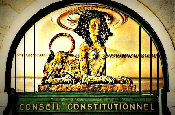8e73bc37bf5 Membre du Conseil constitutionnel   une réclusion à perpétuité pour les  anciens présidents de la République   - Le petit juriste