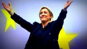 Le référendum constitutionnel de Marine Le Pen : Moi présidente, je rétablirai la supériorité du droit national !