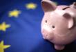 Tirelire et drapeau européen