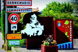 Les silhouettes féminines de Dannemarie à l'épreuve des libertés fondamentales